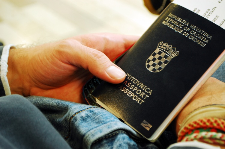 GETTING A WORKING HOLIDAY VISA